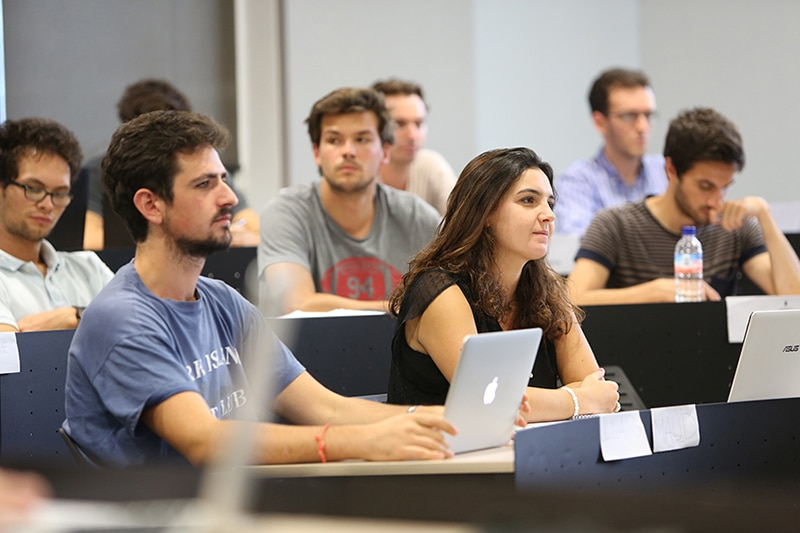 USA top ranked business school working in laptop